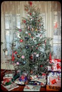 37 Totally Beautiful Vintage Christmas Tree Decoration Ideas 17