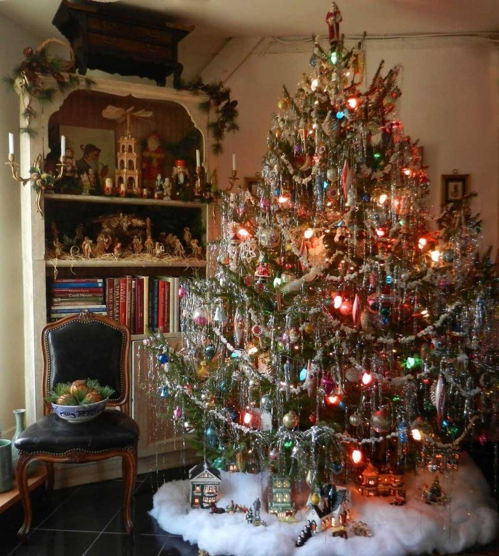 37 Totally Beautiful Vintage Christmas Tree Decoration Ideas 23