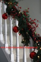 38 Cool And Fun Christmas Stairs Decoration Ideas 14