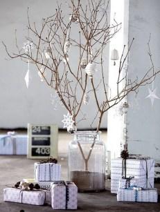 40 Awesome Scandinavian Christmas Decoration Ideas 20