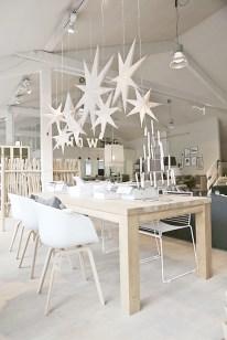 40 Awesome Scandinavian Christmas Decoration Ideas 21