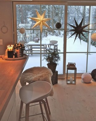 40 Awesome Scandinavian Christmas Decoration Ideas 33