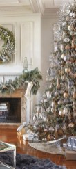 40 Ezciting Silver And White Christmas Tree Decoration Ideas 17