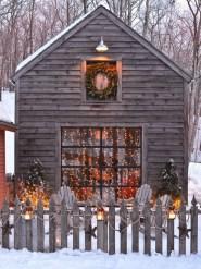 Beautiful Rustic Outdoor Christmas Decoration Ideas 01