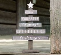 Beautiful Rustic Outdoor Christmas Decoration Ideas 09