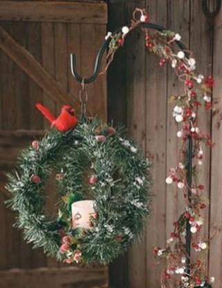 Beautiful Rustic Outdoor Christmas Decoration Ideas 12