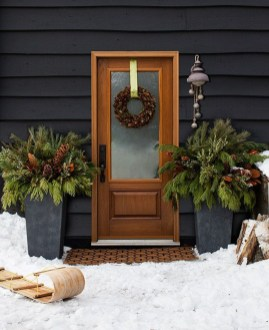 Beautiful Rustic Outdoor Christmas Decoration Ideas 23