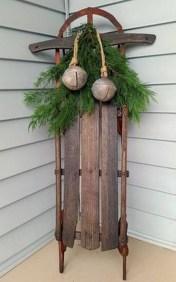Beautiful Rustic Outdoor Christmas Decoration Ideas 32
