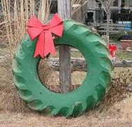 Beautiful Rustic Outdoor Christmas Decoration Ideas 36