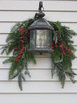 Beautiful Rustic Outdoor Christmas Decoration Ideas 37