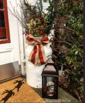 Beautiful Rustic Outdoor Christmas Decoration Ideas 43