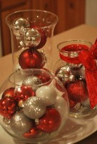 Cheap And Easy Christmas Centerpieces Ideas 02