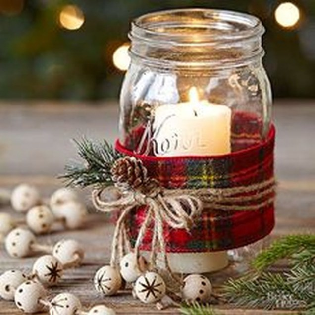 Cheap And Easy Christmas Centerpieces Ideas 49