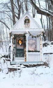 Cozy Christmas House Decoration 24
