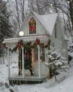 Cozy Christmas House Decoration 37
