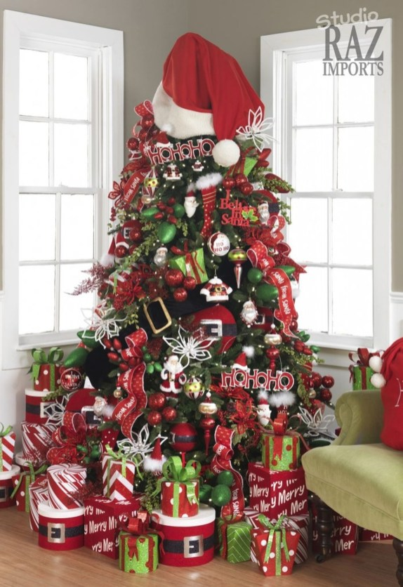 Cute And Colorful Christmas Tree Decoration Ideas To Freshen Up Your Home 48