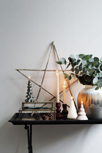 Elegant Rustic Christmas Decoration Ideas That Stands Out 42