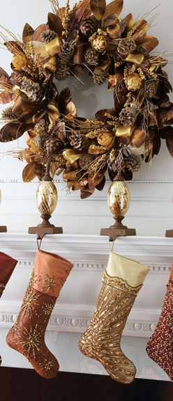 Elegant Rustic Christmas Decoration Ideas That Stands Out 43