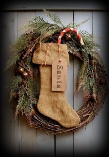 Elegant Rustic Christmas Wreaths Decoration Ideas To Celebrate Your Holiday 01