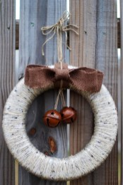 Elegant Rustic Christmas Wreaths Decoration Ideas To Celebrate Your Holiday 07
