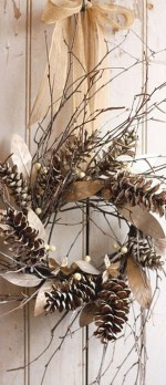 Elegant Rustic Christmas Wreaths Decoration Ideas To Celebrate Your Holiday 15
