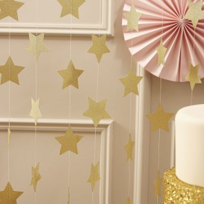 Gorgeous Pink And Gold Christmas Decoration Ideas 29
