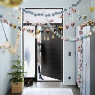 Inspiring Christmas Decoration Ideas For Your Apartment 10