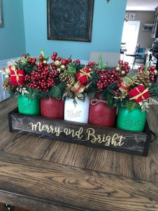 Inspiring Christmas Decoration Ideas For Your Apartment 30