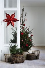Inspiring Christmas Decoration Ideas For Your Apartment 42