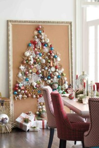 Inspiring Home Decoration Ideas With Small Christmas Tree 07