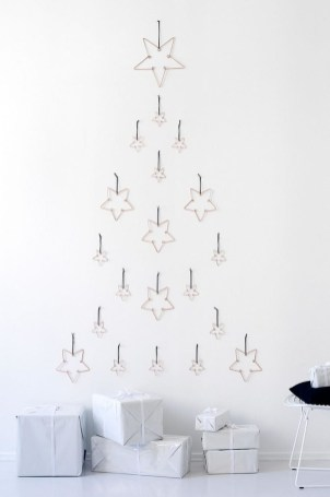 Inspiring Home Decoration Ideas With Small Christmas Tree 12