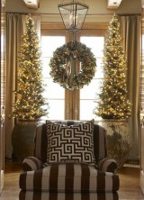 Inspiring Home Decoration Ideas With Small Christmas Tree 19