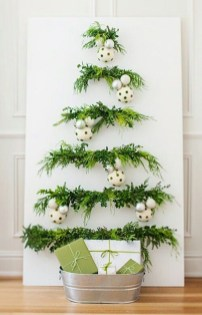 Inspiring Home Decoration Ideas With Small Christmas Tree 40