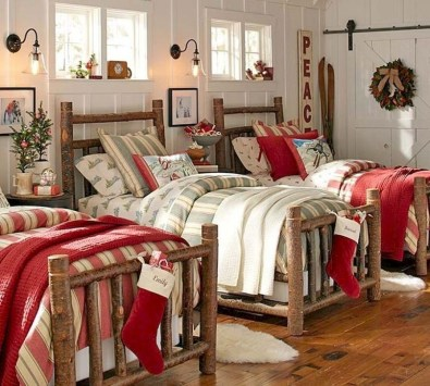 Simple Christmas Bedroom Decoration Ideas 04