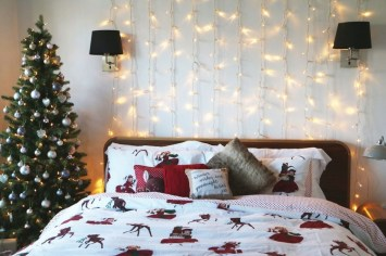 Simple Christmas Bedroom Decoration Ideas 13