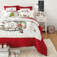 Simple Christmas Bedroom Decoration Ideas 27