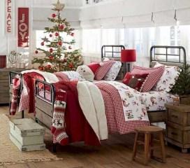 Simple Christmas Bedroom Decoration Ideas 29