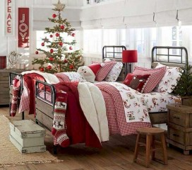 Simple Christmas Bedroom Decoration Ideas 29