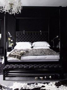 Stunning Black And White Bedroom Decoration Ideas 01