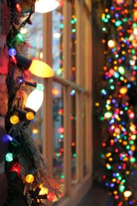 Totally Inspiring Christmas Lighting Ideas You Should Try For Your Home 31