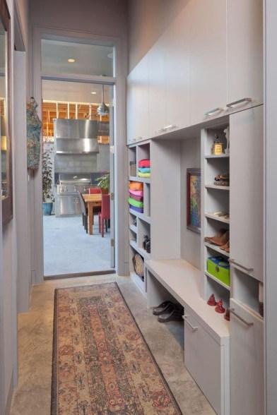 38 Brilliant Hallway Storage Decoration Ideas07