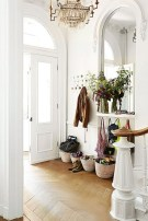 38 Brilliant Hallway Storage Decoration Ideas23