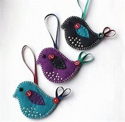 39 Brilliant Ideas How To Use Felt Ornaments For Christmas Tree Decoration 08