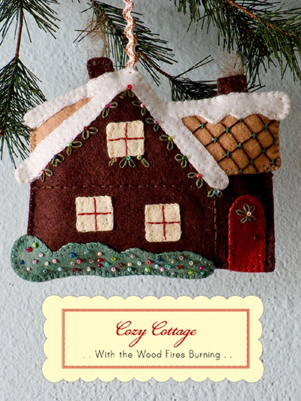 39 Brilliant Ideas How To Use Felt Ornaments For Christmas Tree Decoration 15