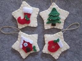 39 Brilliant Ideas How To Use Felt Ornaments For Christmas Tree Decoration 25