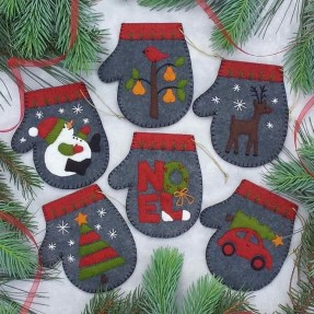 39 Brilliant Ideas How To Use Felt Ornaments For Christmas Tree Decoration 34