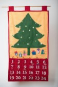 39 Brilliant Ideas How To Use Felt Ornaments For Christmas Tree Decoration 38