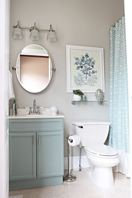 39 Cool And Stylish Small Bathroom Design Ideas18