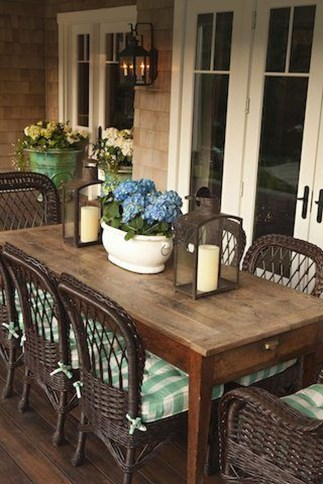Adorable Outdoor Dining Area Furniture Ideas 16