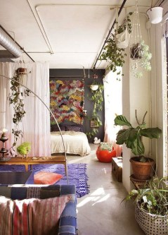 Brilliant Small Apartment Decoration Ideas On A Budget 30